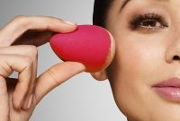 How to Use Beauty Blender Easily